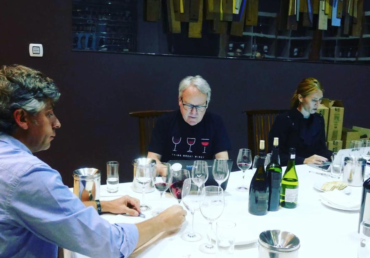 James Suckling puntua con sobresaliente vinos de Bodegas Gallegas