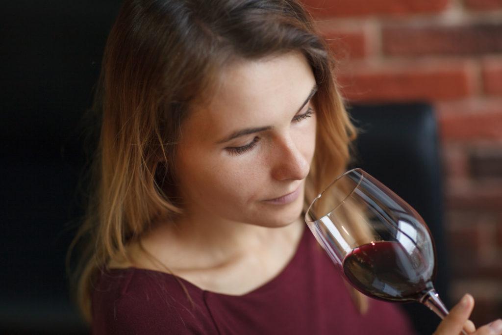 Cata de vinos: fase olfativa